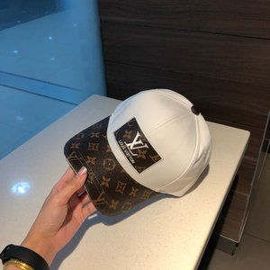 Louis Vuitton duck tongue baseball hats two-tone